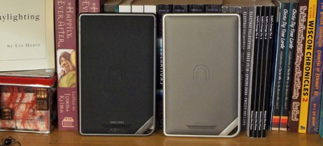 Nook Color and Nook Tablet back