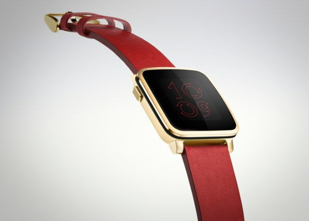 The new Pebble Time Steel in gold.