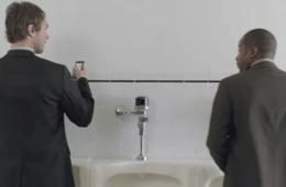 smartphone toilet use