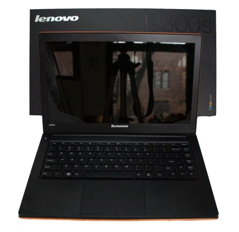 Lenovo IdeaPad U300s Ultrabook Open