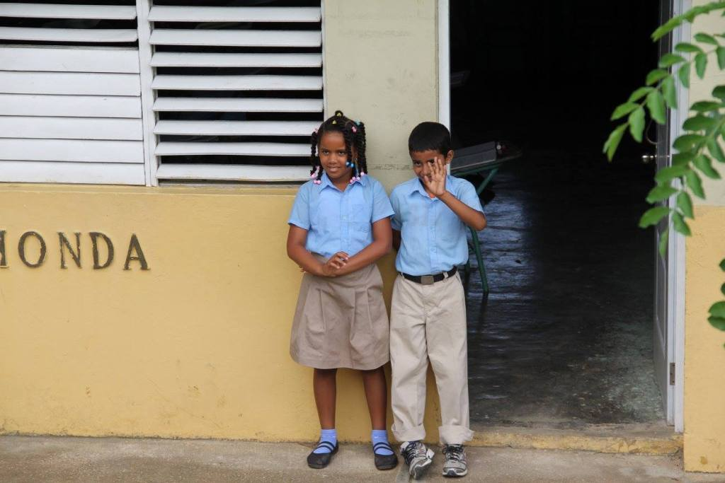 dominican-republic-students