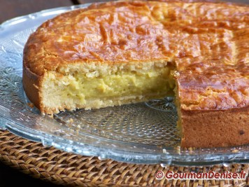 Gateau-basque-a-la-pistache