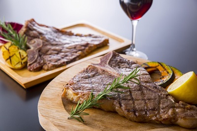 s_SIXMARS_steak&Bar_image