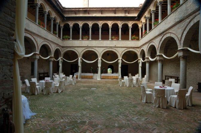 Castello di San Pietro in Cerro  Locations  Gourmet sas  Piacenza