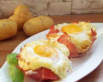Kartoffelnester mit Ei und Schinken