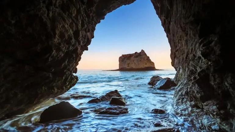 산타크루즈 섬, 윌로우스 동굴