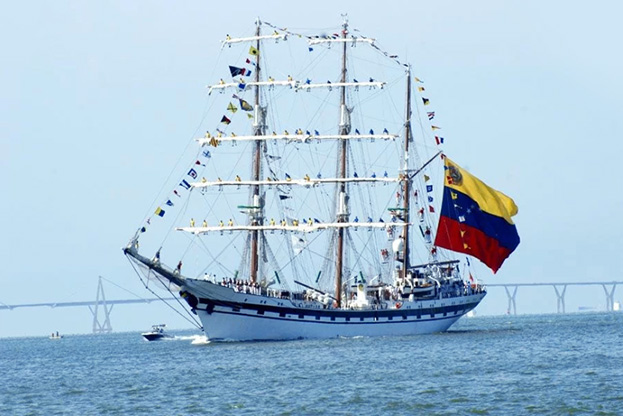 Official Visit of the Simon Bolivar School Vessel