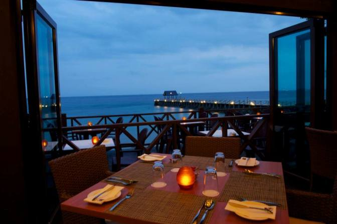 Tunamaya Beach & Spa Resort Restaurant