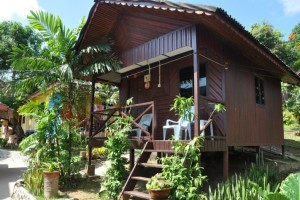 Salang Indah Resort Basic Aircond Room Exterior