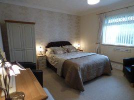 The en-suite bedroom at White Stile bed and breakfast, Knelston, Gower