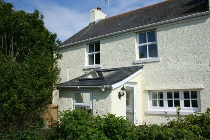Berry Hall Cottage is a self-catering holiday property in Berry