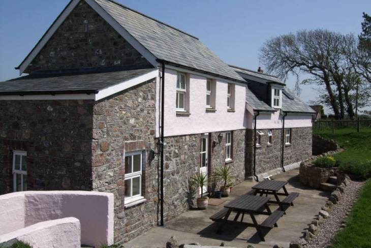 Hardingsdown Bunkhouse self-catering accommodation, Llangennith, Gower