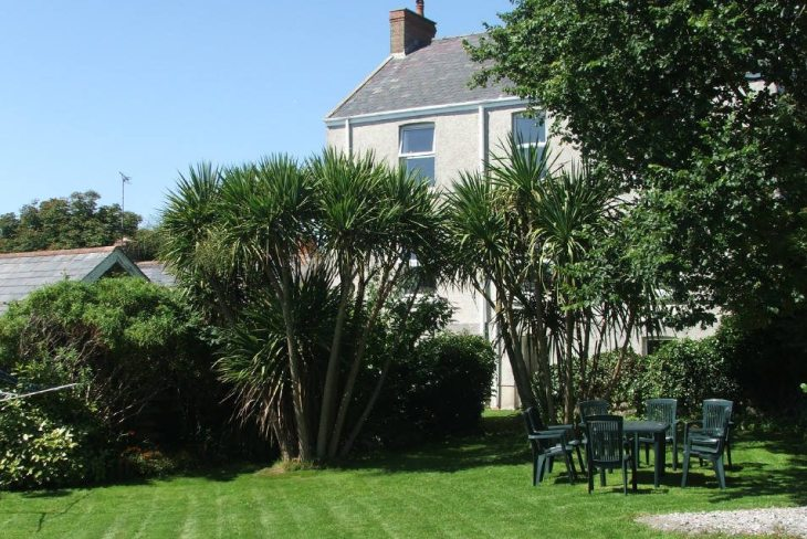 Fernbank self-catering accommodation, Horton, Gower