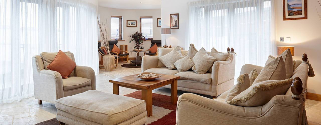 The lounge at Oriel Gwyr, Rhossili, Gower