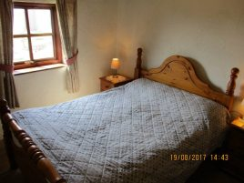 The master room in Creek Cottage, Rhossili
