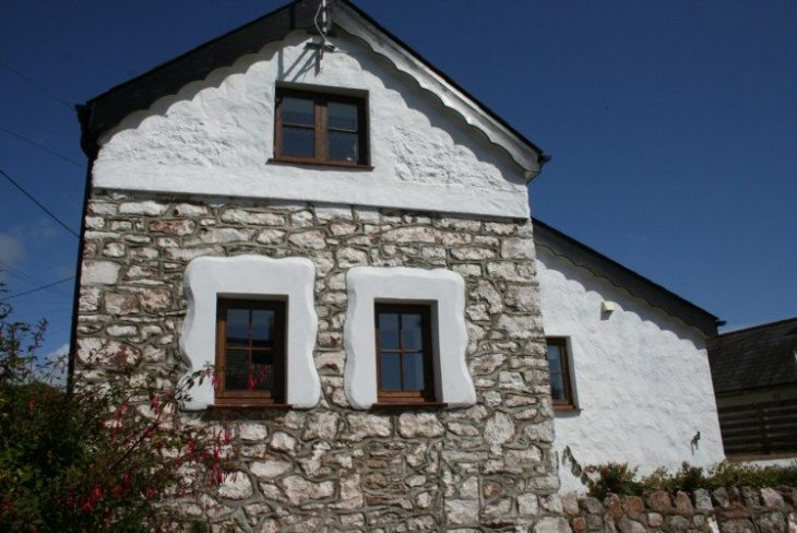 Rock Cottage Barn self-catering cottage, Horton, Gower