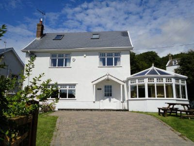 The Beach House self-catering seaside house, Horton, Gower
