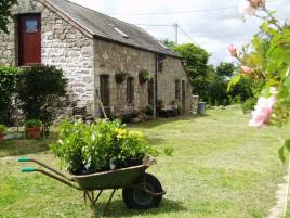 Delvid Stables holiday cottage, Llangennith, Gower