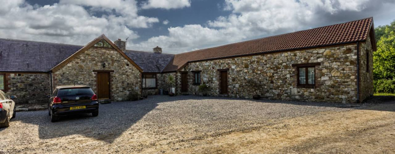 The Tractor House and The Barn self-catering cottages, Llethryd, Gower