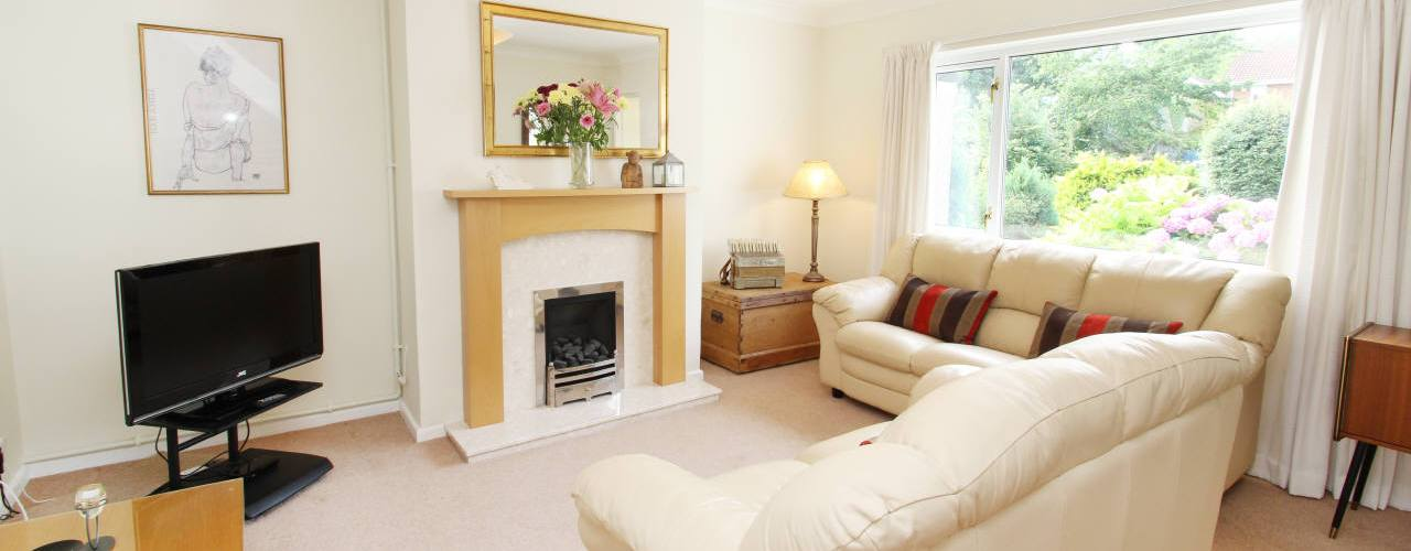 The lounge at Ty Pwlldu self-catering accommodation, Bishopston, Gower Peninsula