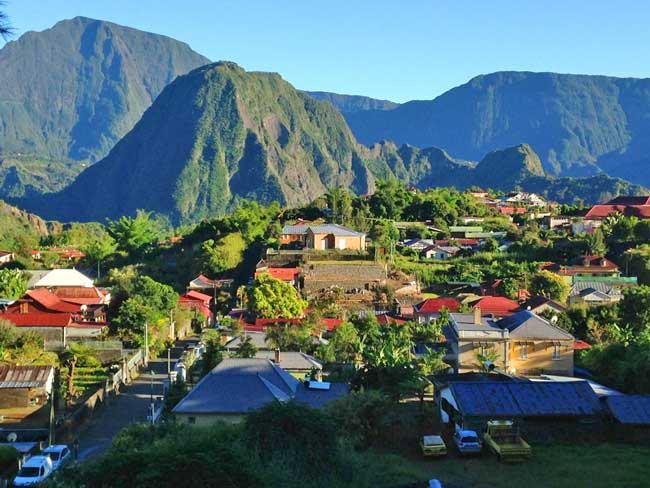 reunion island travel french