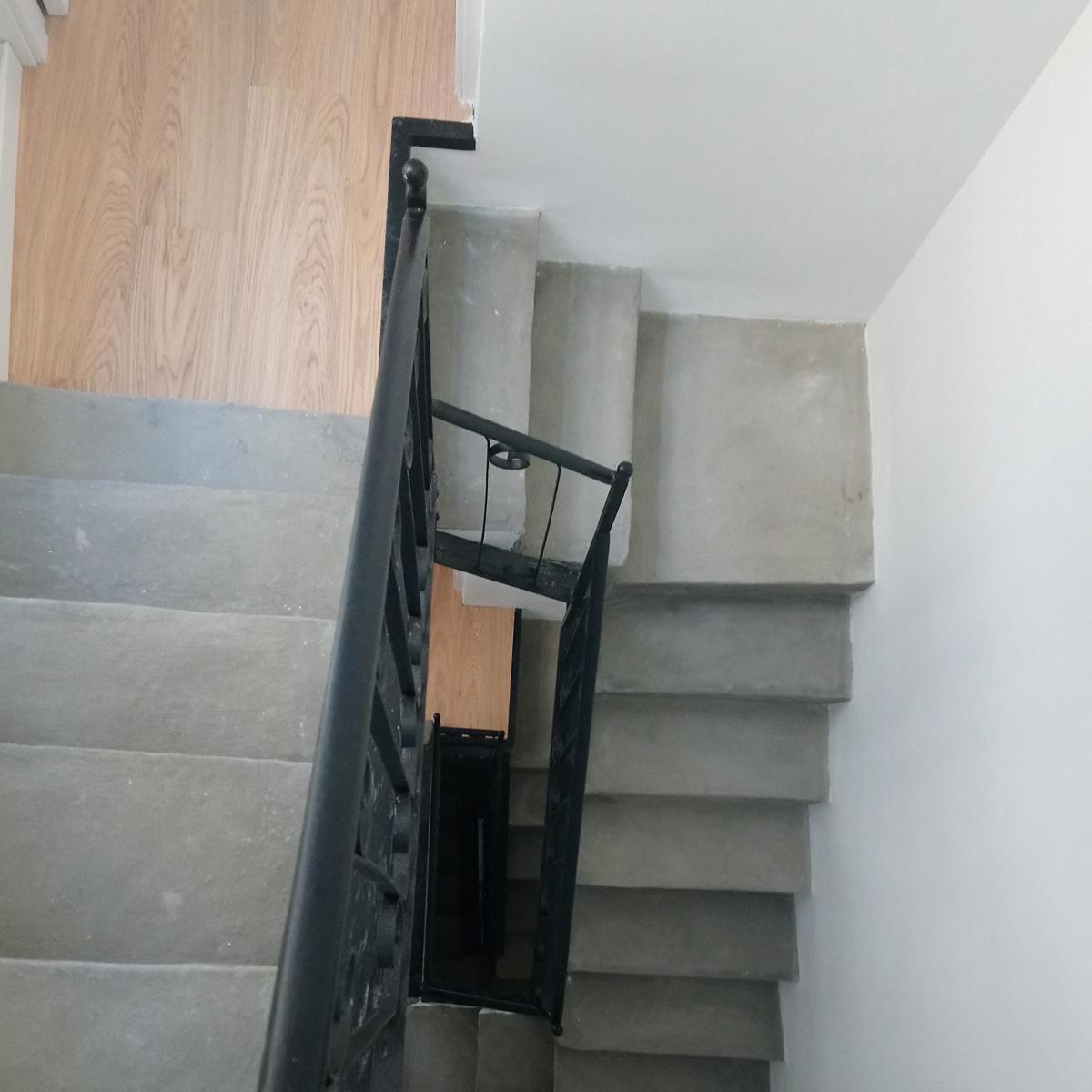 Rehabilitación de escalera en la calle Juristas, GP Creative Thinking