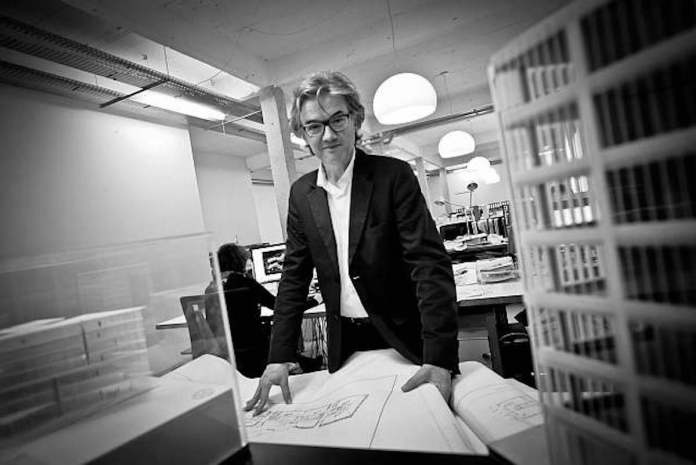 Portrait de l'architecte Jacques Ferrier