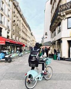 Quel avenir pour les livreurs de repas à vélo ? - Forum Vies Mobiles @ En ligne