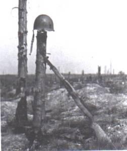 rifle_and_helmet