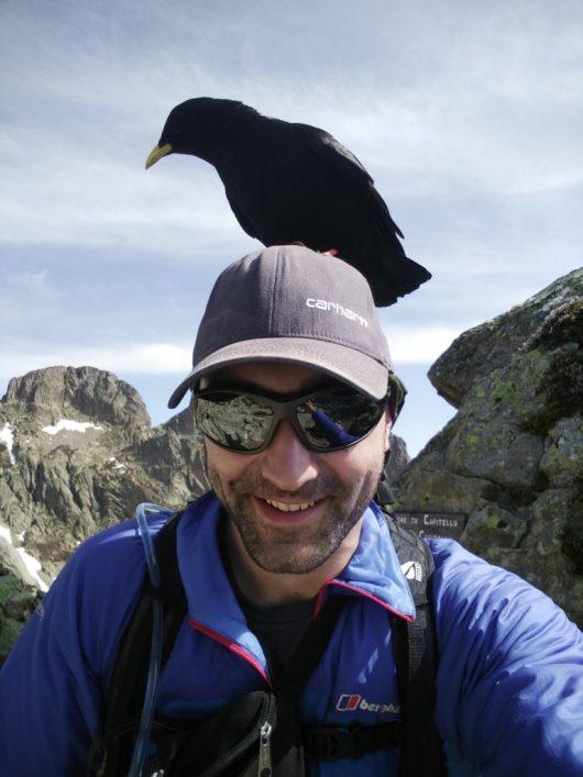 Félix de Berlin - Un oiseau se pose sur sa tête