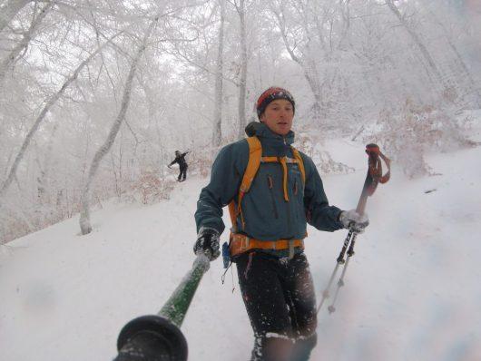 Descente à ski - Randonnée en hiver