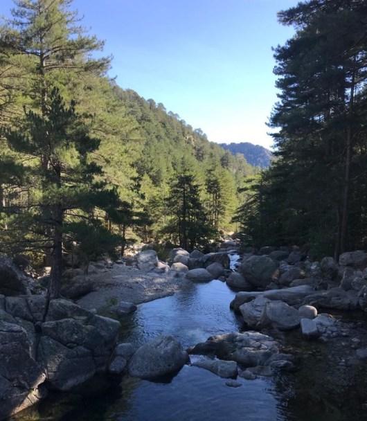 le gr20 traverse des rivieres