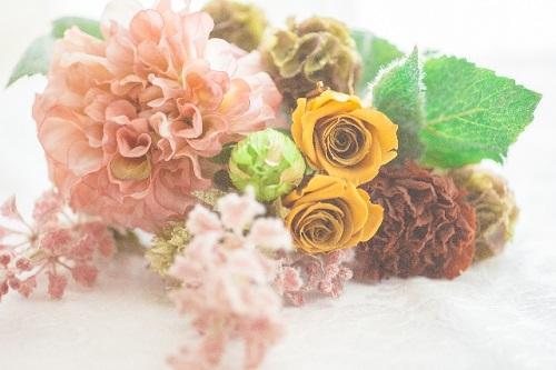 ナニコレ珍百景:横須賀 光る花屋「フォーユー・フラワー」の通販・お取り寄せ!美人店主