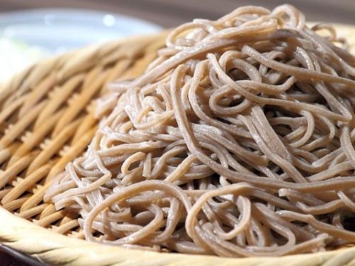 家事ヤロウ:DEEN 池森さんの中華ラーメン風 もりそばのレシピ!