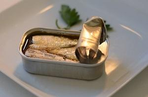 【シューイチ】缶つま人気の秘密!一番人気の広島かきの燻製油漬けや霧島黒豚角煮
