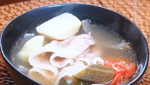 【メレンゲの気持ち】簡単フィリピン料理!高橋ユウのシニガンスープのレシピ