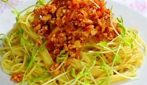 【ボンビーガール】豆腐のミートソースパスタのレシピ!なつは