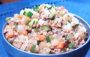 菰田シェフのご飯のお供のレシピ!野菜と豚ひき肉のピリ辛炒め