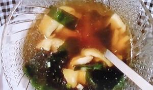 メレンゲの気持ち:魔法の楽やせレンチンスープのレシピ!鶏肉とたけのこのわかめスープ
