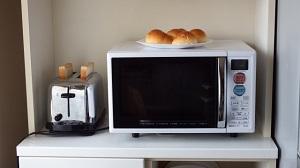 シューイチ:ご飯も炊ける多機能トースター!アラジン グラファイト グリル&トースター :最新巣ごもり家電