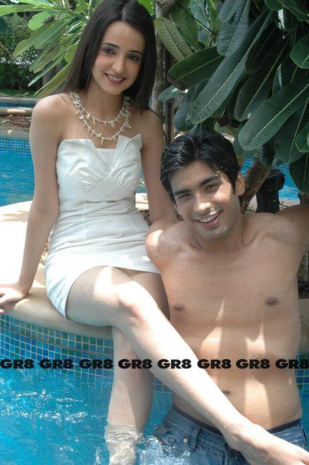 GR8 TV Magazine  Mohit Sehgal  Sanaya Irani Photoshoot