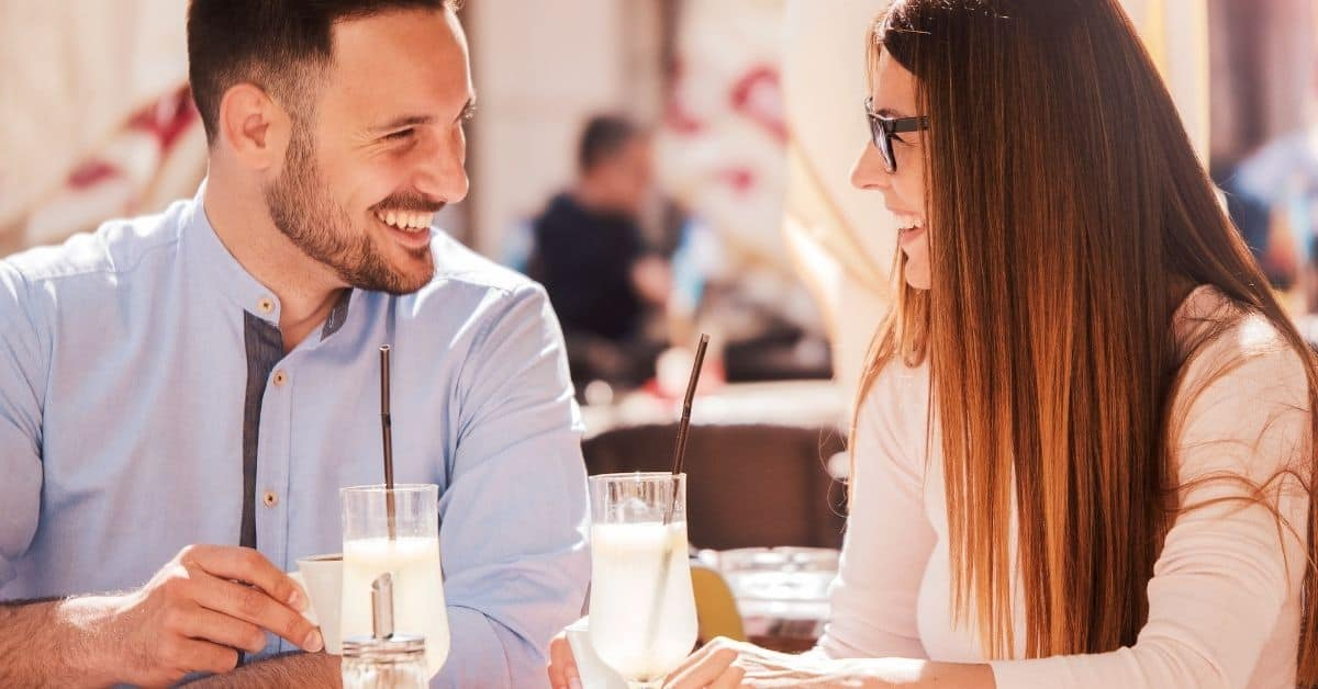 How to Talk on a Date You When You're Shy