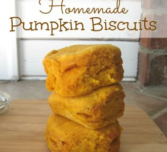 Learn to make these delicious homemade pumpkin biscuits on gracefullittlehoneybee.com