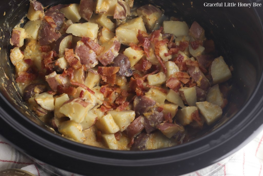 Cooked cheesy bacon ranch potatoes in the slow cooker.