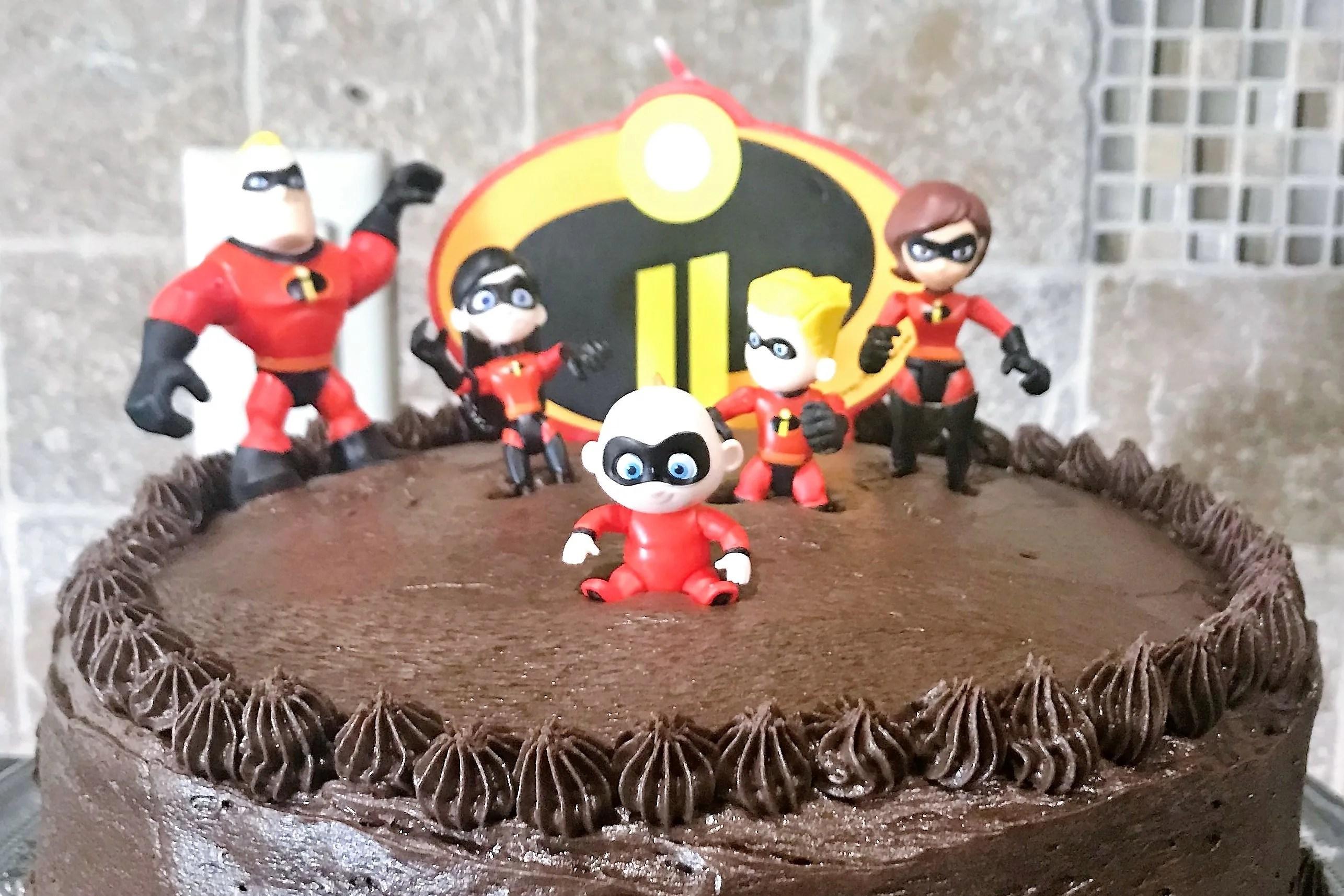 Surprising Incredibles 2 Cake Happy 8Th Birthday Noah Grace Like Rain Blog Personalised Birthday Cards Veneteletsinfo