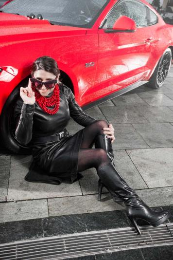 Ford Mustang GT V8 Gracie Opulanza fendi, leather dress 2015 (12)