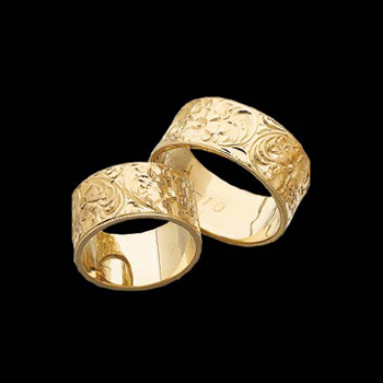 Flower Engraved Wedding Band From Gracious Rose Jewelry