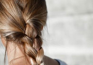 4 прически с плитки за дълга коса