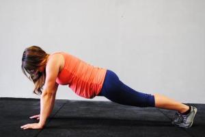 8 упражнения за бременни