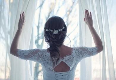 5 невероятни цвята за украса за зимна сватба